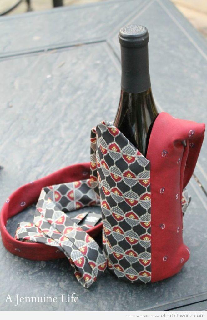 Tutorial funda botella patchwork con corbatas