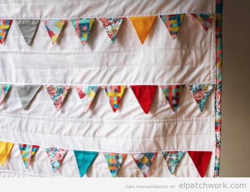 Guirnalda banderines triangulares patchwork colcha