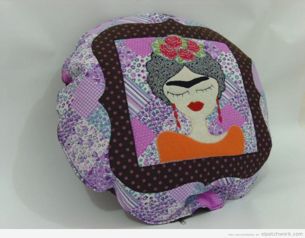 Cojín patchwork Frida Kahlo 2