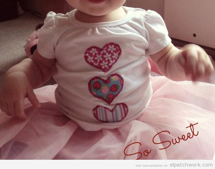 Camisetas aplique de corazón de patchwork para San Valentín
