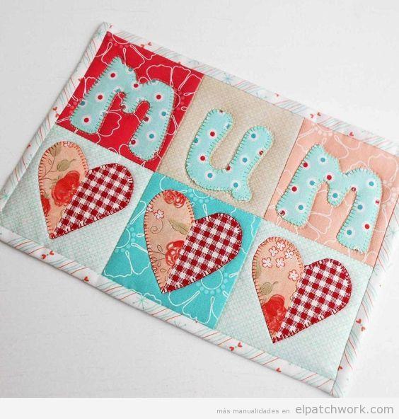 Manualidades patchwork Día de la Madre, protector de mesa