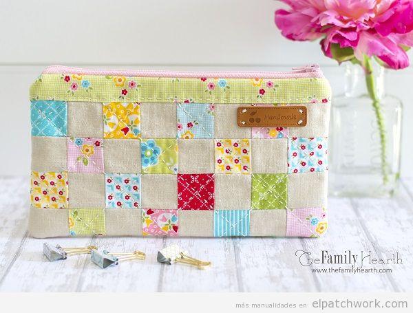 Estuche patchwork flores