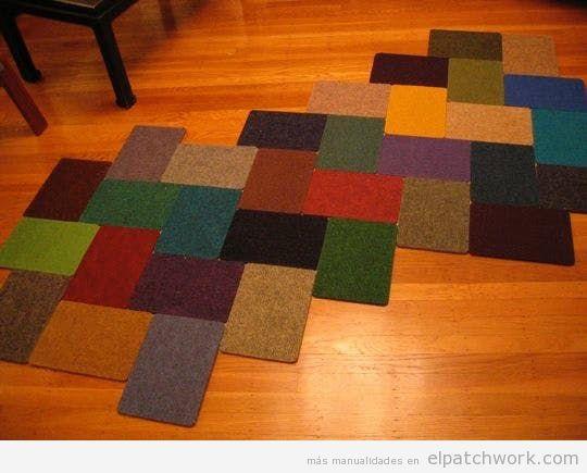 Alfombras patchwork DIY con muestrario reciclado