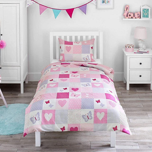 Funda nórico patchwork infantil corazones